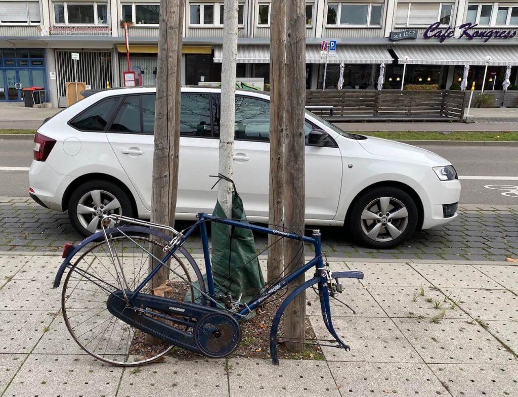 Fahrradrahmen in der Ettlinger Straße in Karlsruhe