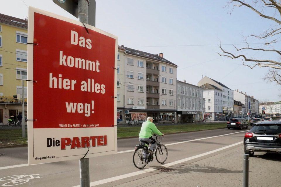 Wahlplakat von Die Partei in Mühlburg