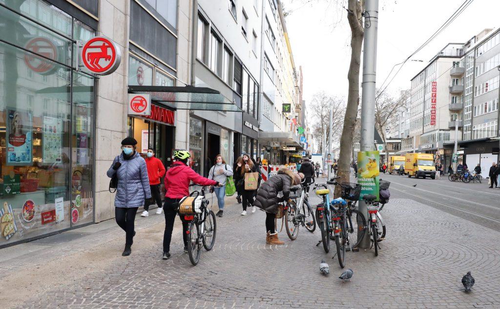 Fahräder in der Innenstadt von Karlsruhe