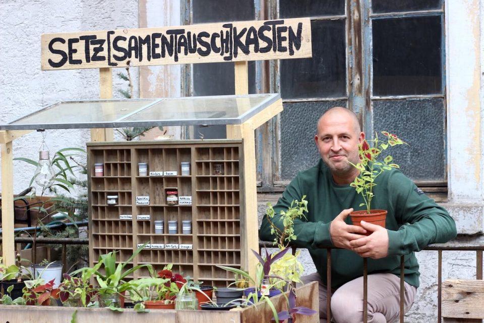 Thomas M. Scheer in der Pflanzen-Tauschbörse Karlsruhe