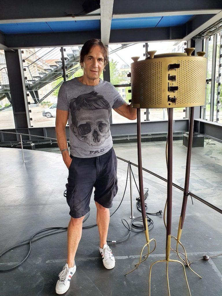 Jean-Remy von Matt with Shining Fork in the ZKM cube